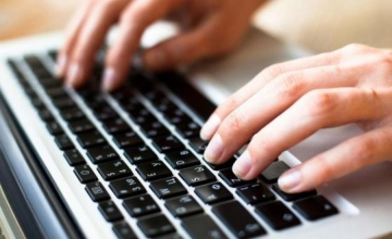 Работодатели отдают предпочтение работникам умеющим быстро печатать