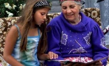 В Турции бабушкам оплатят уход за внуками, чтобы матери больше работали
