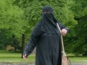 Европейский суд признал законным запрет на ношение хиджабов на работе